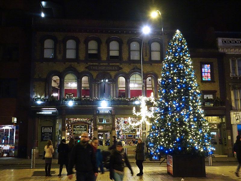 London_Gorgeous_Christmas_Lights_Photographs_Hammersith