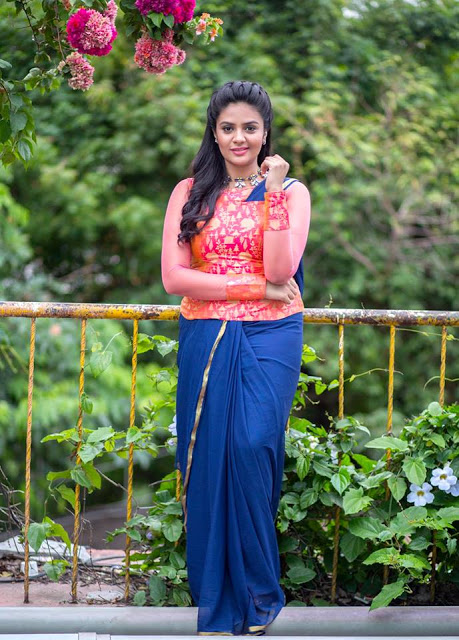 Anchor Sreemukhi In Blue Saree Recent Stills