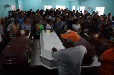 Los Abreu Felipe se dirigían en 'caravana' a Neiba cuando chocaron con un camión de placa haitiana