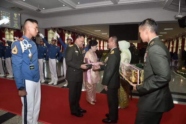 Ikuti Wisuda Purnawira, Gatot Nurmantyo Tak Diizinkan Naik Maskapai Lion Air Group
