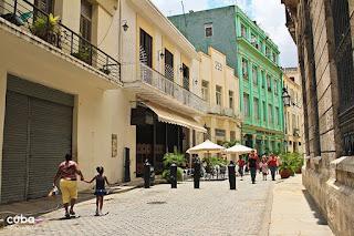 Calle Mercaderes en la Habana Vieja