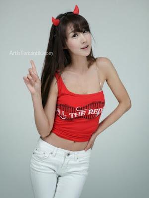Model Korea Selatan Terseksi Park Hyun-sun
