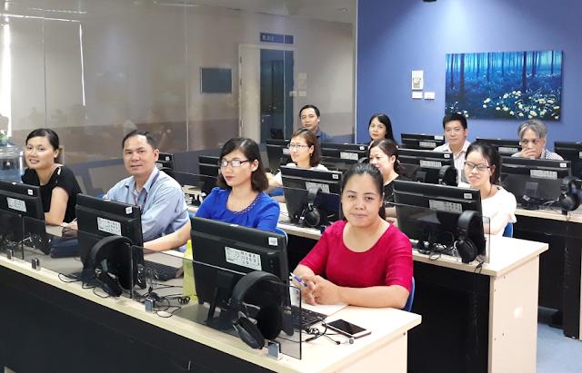Tập huấn 'Các tài nguyên giáo dục được cấp phép mở' ở Đại học Thăng Long, ngày 1