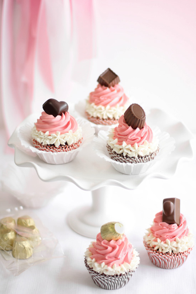 Five Valentine's Day Treats - Neopolitan Bonbon Cupcakes // A Style Caddy