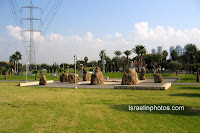 Israel in photos: The Yarkon Park (Park HaYarkon) also: Park Ganei Yehoshua