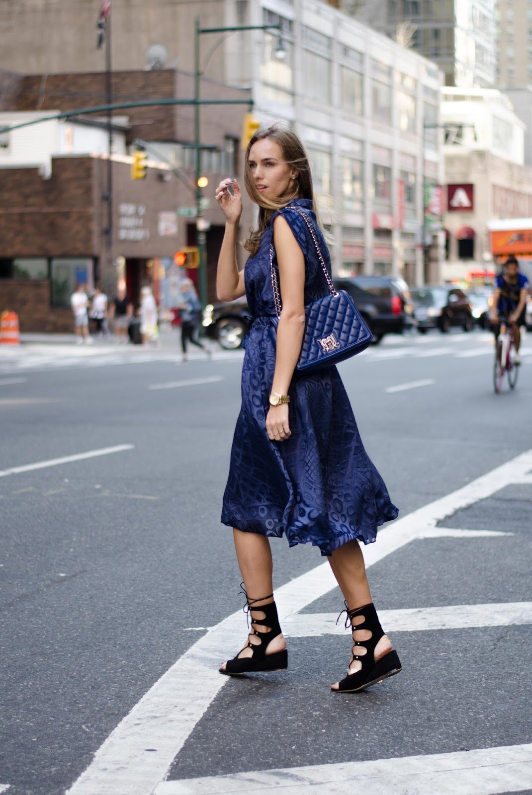 nyfw street style blue silk dress