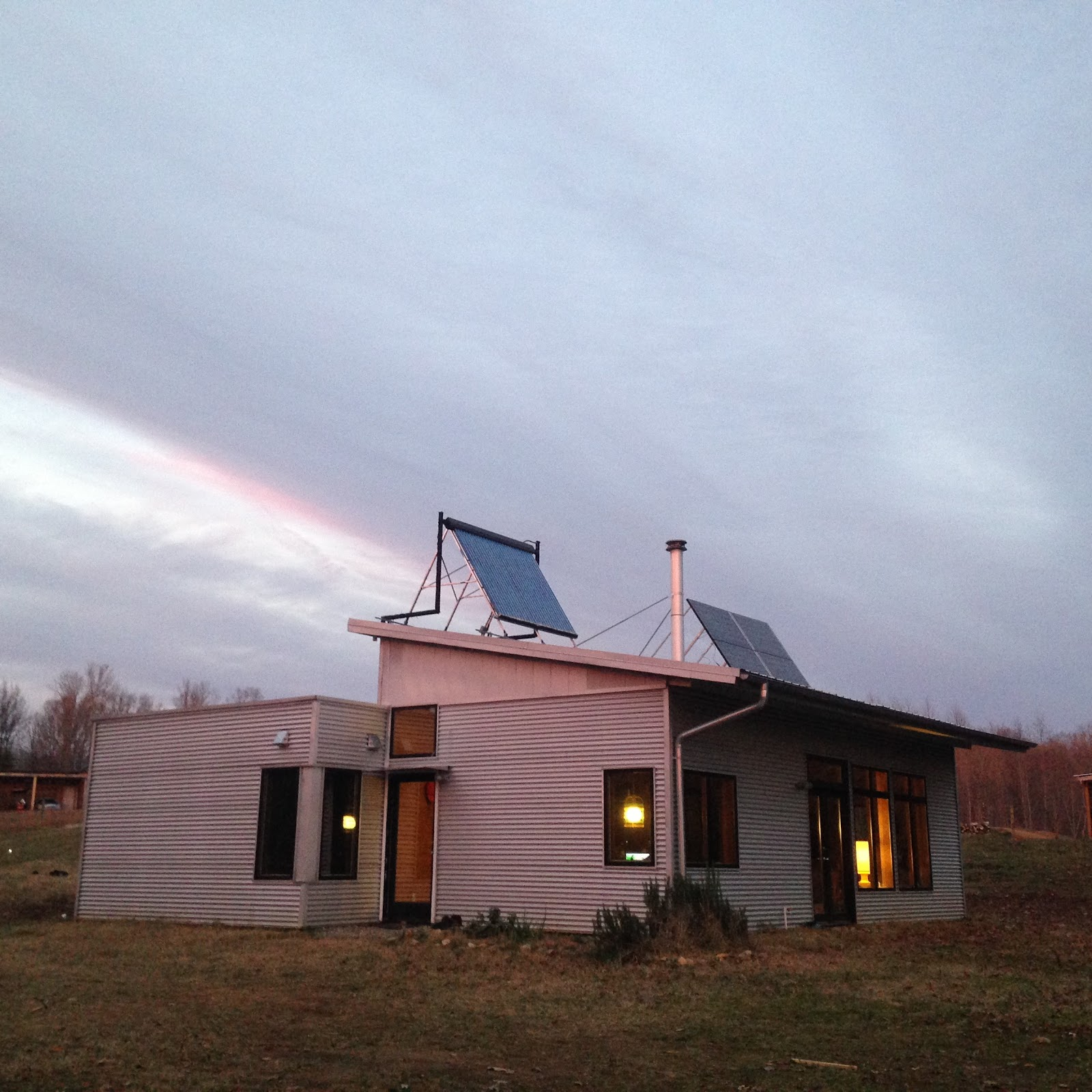 Sip passive solar house kit in winter performs without for Sip kit home