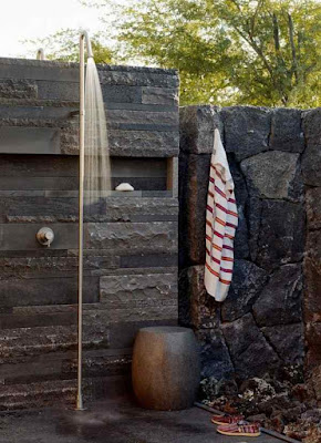 Outdoor+Shower+Enclosure-Stone+Wall+Original