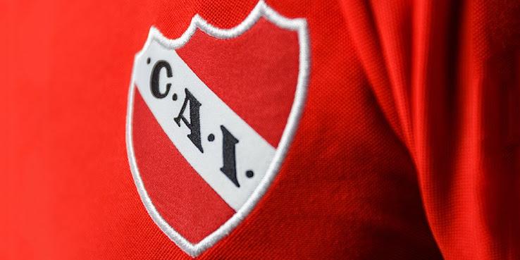 Independiente presentó su nueva camiseta Puma para la temporada 2017/18