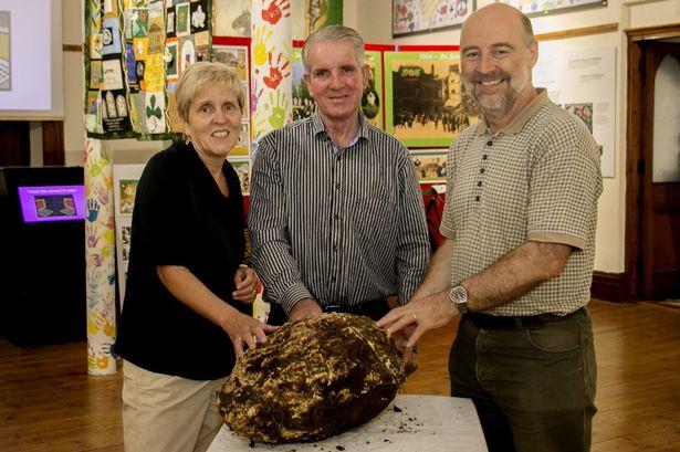 قطعة كبيرة من الزبدة عمرها أكثر من 2000 عام