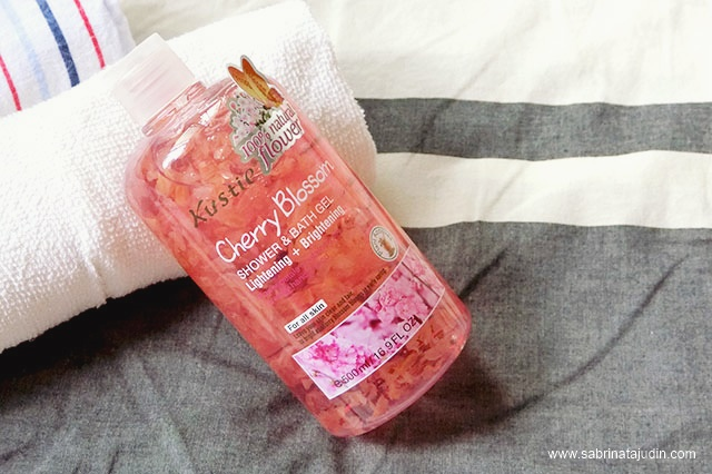 Kustie Cherry Blossom Shower Bath Gel