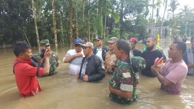 Irfan TB Bantu Korban Banjir di Aceh Jaya