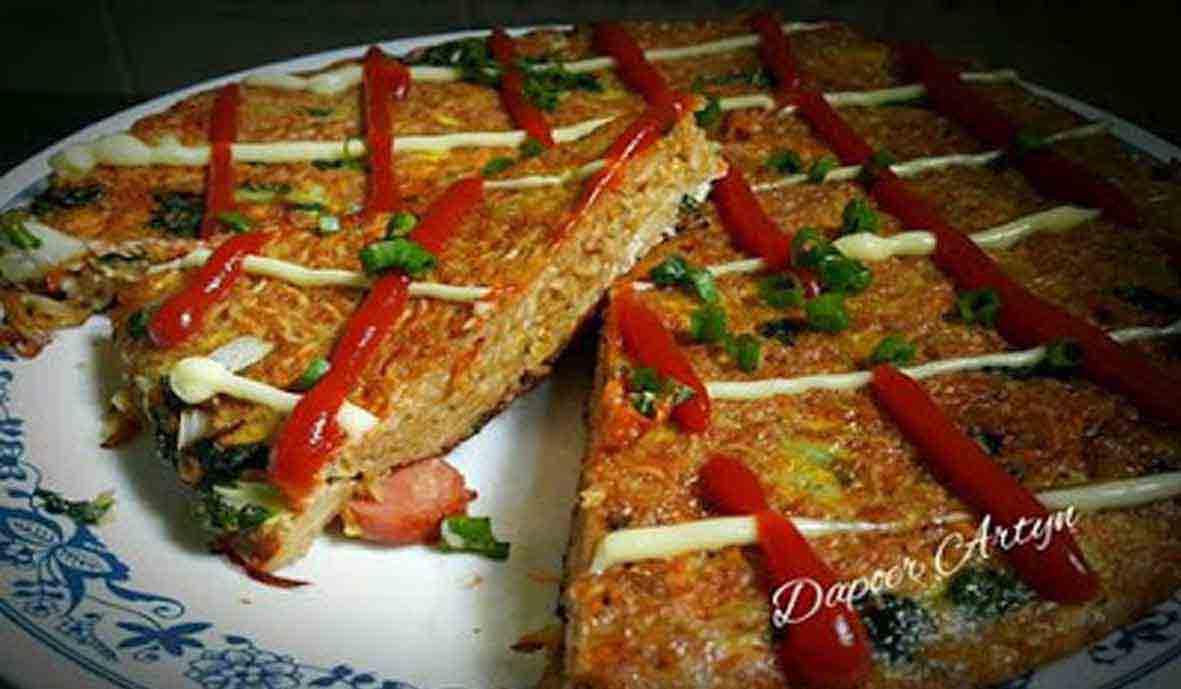 Resep Cara Membuat Pizza Mie Telur Praktis dan Enak