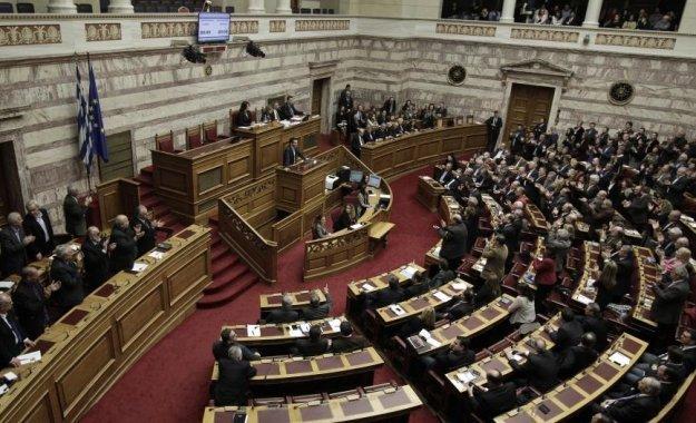 Κυβερνητικό «παρατηρητήριο» στο Διαδίκτυο - Ελληνοποιήσεις και προσλήψεις στους Δήμους