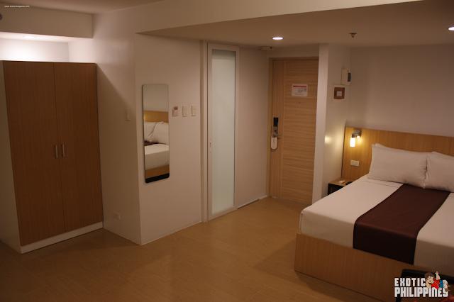 1 Night Stay at AurumOne Makati Hotel Manila Exotic Philippines Travel Blog Blogger Hotel Reviewer