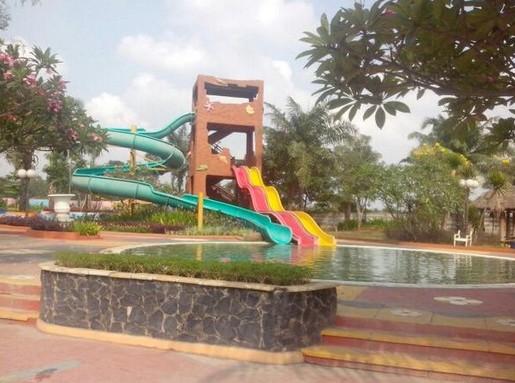 Daya Tarik Objek Wisata Kolam Renang Metro Di Jombang