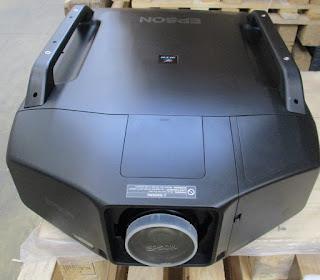 noleggio videoproiettore 10000 ansi lumen
