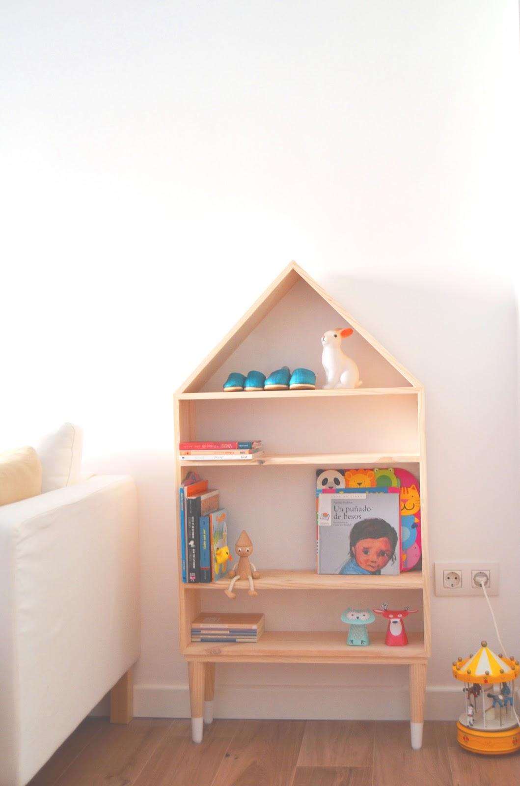 Naifandtastic decoraci n craft hecho a mano - Casa madera infantil ...