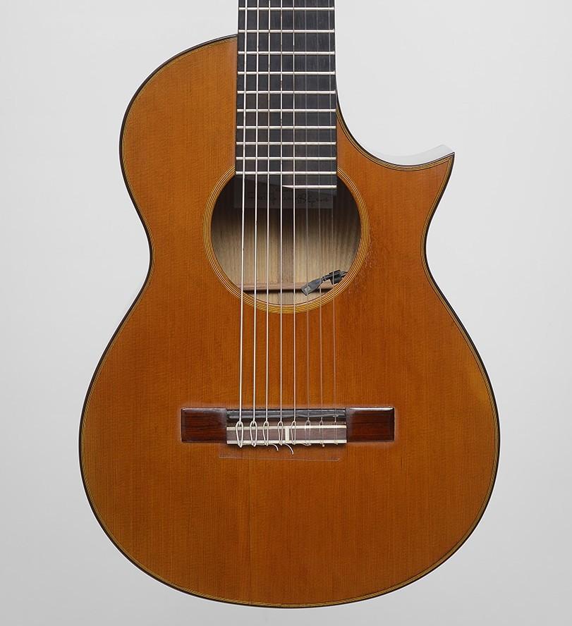 guitarras custom constru das por rodolfo cucculelli luthier 8 string cutaway classic guitar. Black Bedroom Furniture Sets. Home Design Ideas