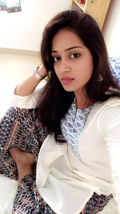 Actress Nivetha Pethuraj Latest Photos