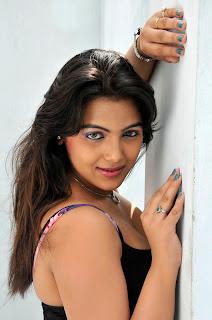 Priyanka Tiwari Spicy Pictures CF 013.jpg