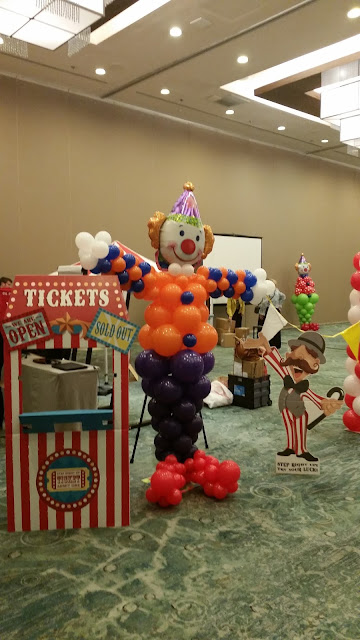 Clown character  balloon sculpture