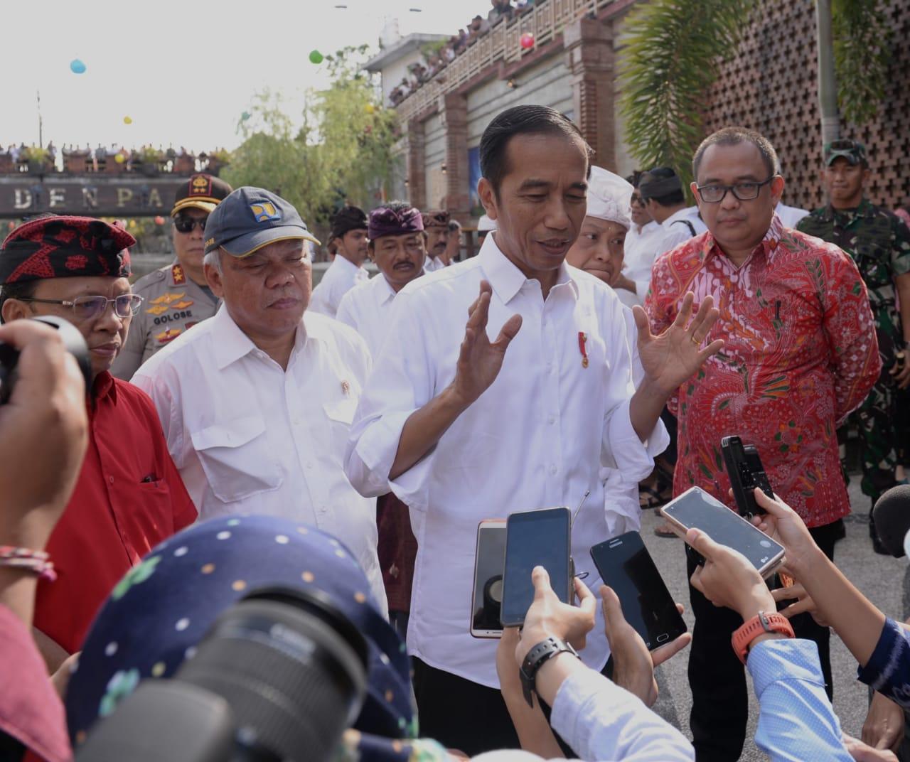 Hari Kedua di Bali, Presiden Tinjau Pasar Badung