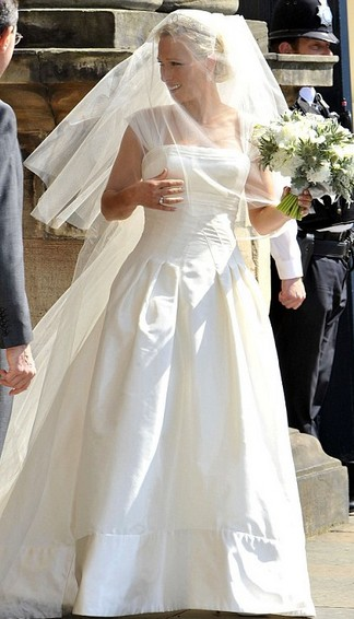 Zara Phillips Wedding Dress Pictures Gallery