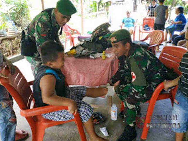 Satgas Yonif 734/SNS Gelar Puskesmas Keliling di Kota Ambon