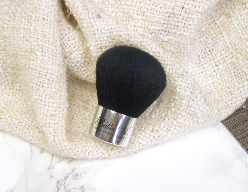 bella vi cosmetics kabuki synthetic brush review