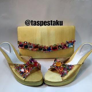 Handmade Tas Pesta Gold Emas Sandal