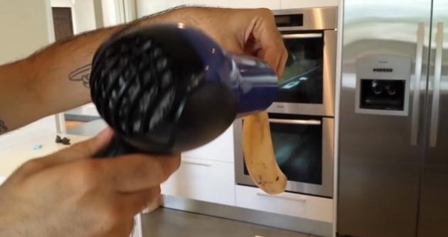 Μπανάνα Με Το Πιστολάκι Μαλλιών