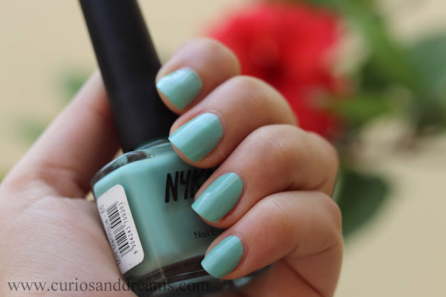 Nykaa nail polish, Nykaa pastel nail polish, review, swatch, mint meringue