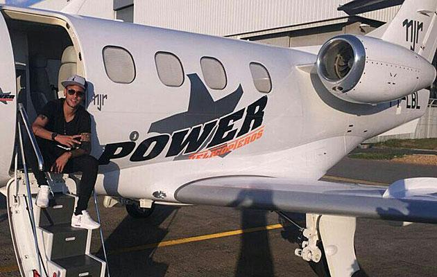 Neymar se gasta 10 millones en un jet privado