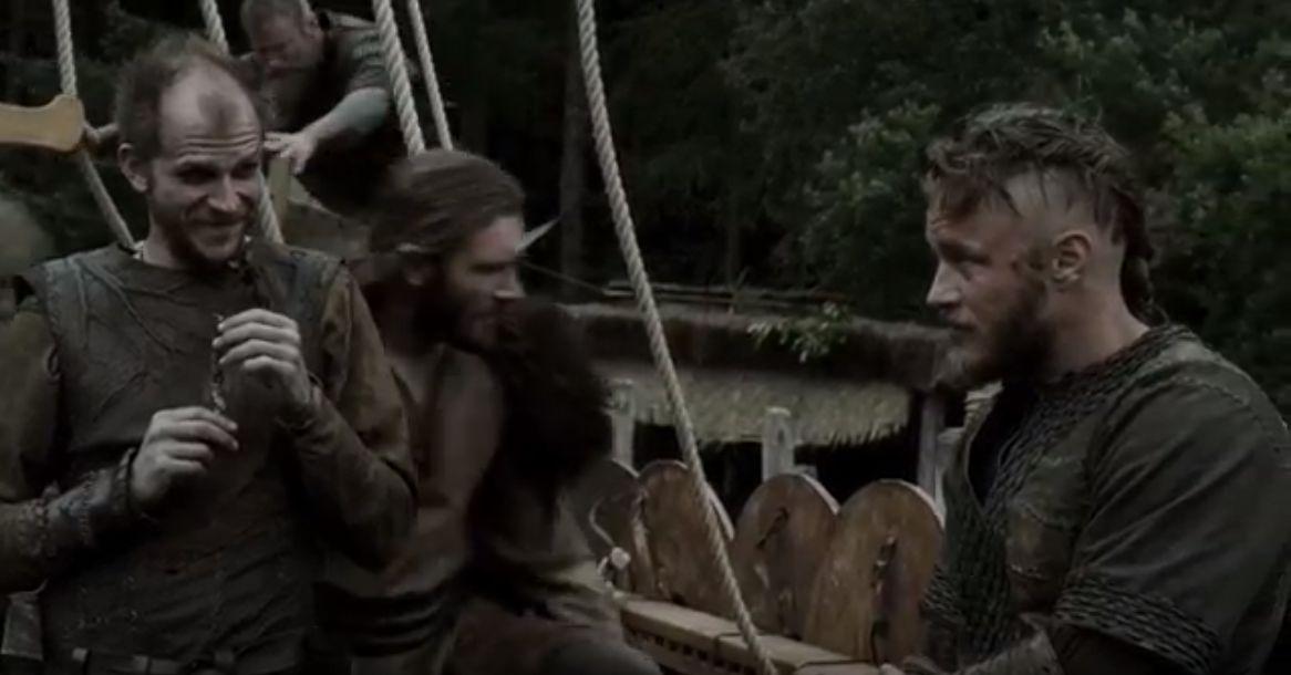 Vikings (Season 1 Episode 1-9) [Dual Audio] (Hindi-English