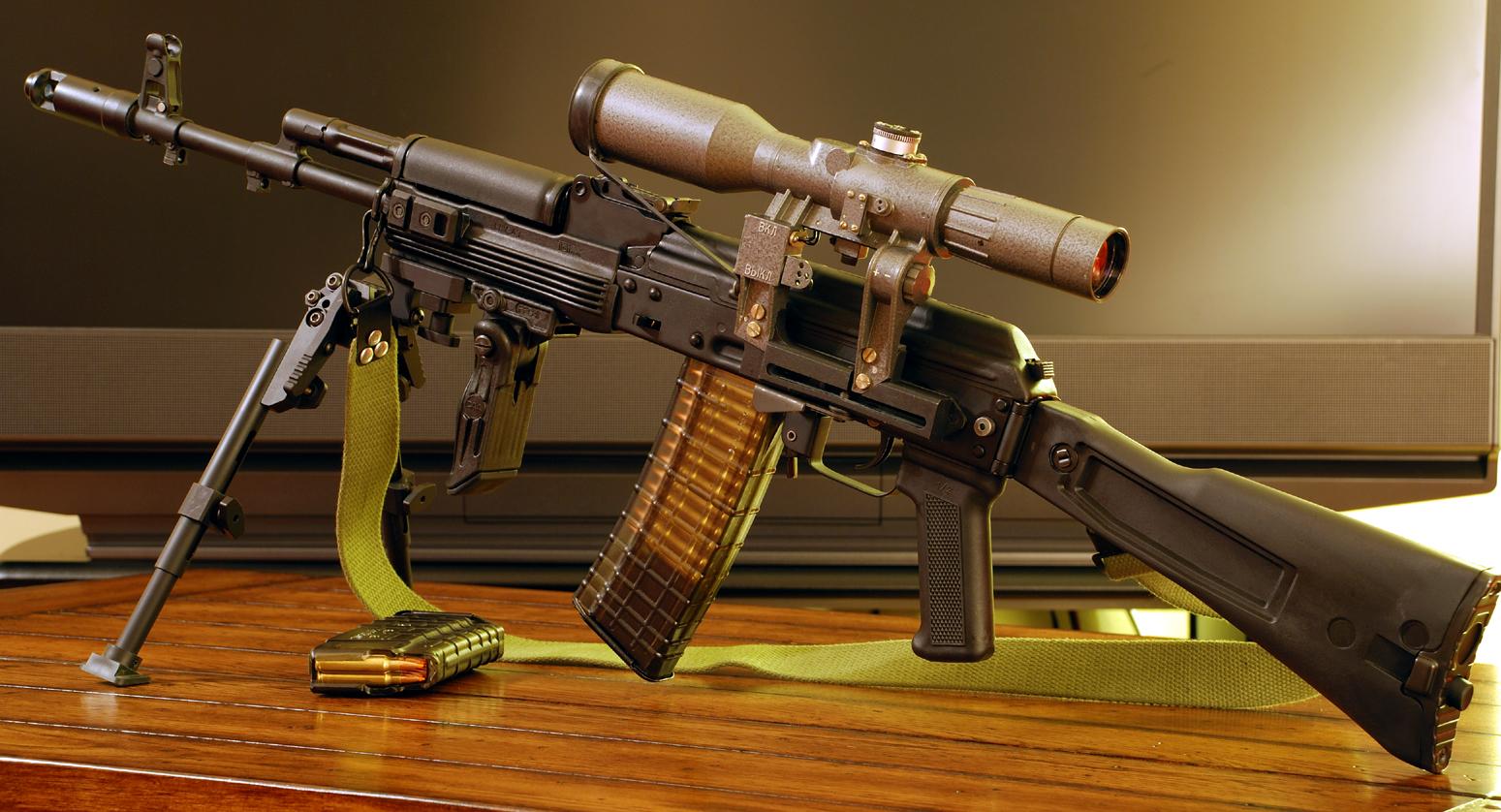 Rifles Of Russian Army Hd Wallpaper: Guns & Weapons: Cool Guns Wallpapers #3