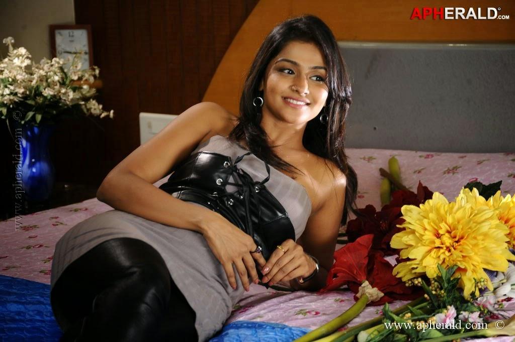 ramya-nambeesan-fuke-vergin-indian-girls-naked-original