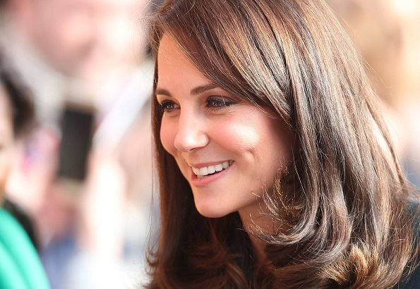 Kate Middleton wore Seraphine Phaedra Woven Maternity Dress