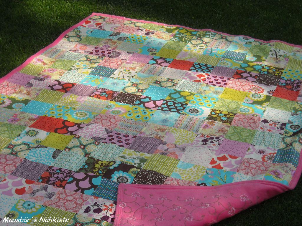 mausb r s n hkiste patchwork quilt patchworkdecke. Black Bedroom Furniture Sets. Home Design Ideas