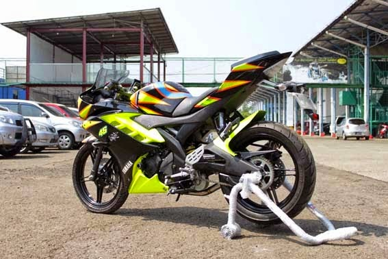 Modifikasi Yamaha YZF-R15