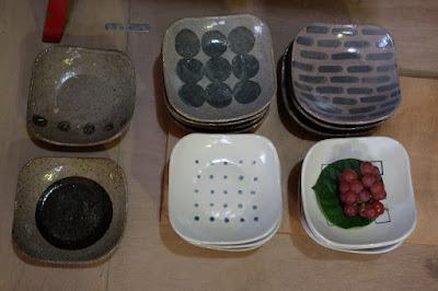 生坂 中川ひとみ・月日工房 おかずやケーキなどに使う予定の器