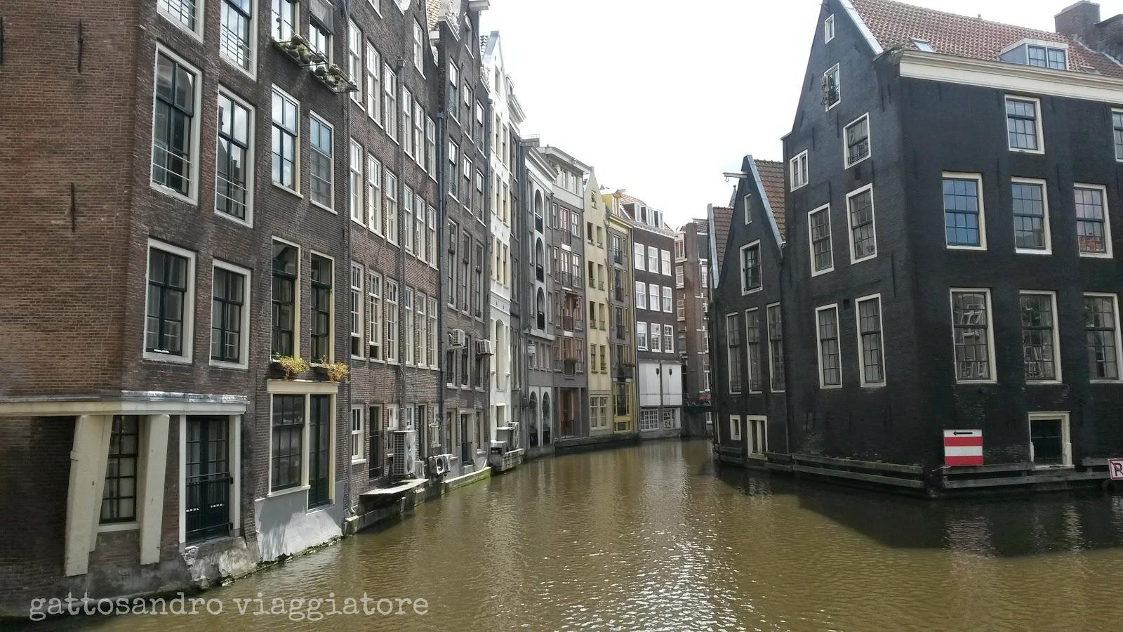 Amsterdam - case sui canali
