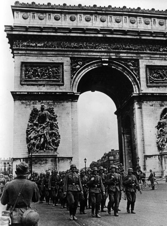 14 June 1940 worldwartwo.filminspector.com Paris Wehrmacht victory march occupation