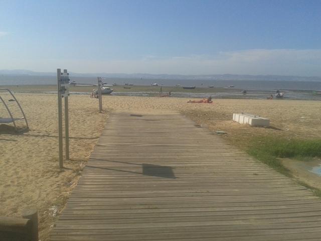 Acesso pedonal á praia