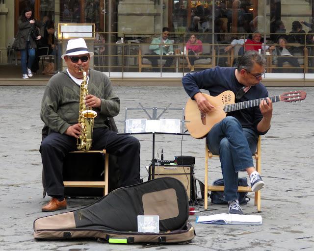 Street musicians, Piazza della Repubblica, Florence