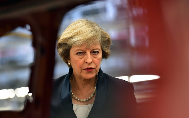 Novos acordos internacionais devem ser introduzidos para regulamentar a internet à luz do ataque terrorista da London Bridge, disse Theresa May