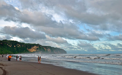 akcayatour, Pantai Parangtritis, Travel Jogja Malang, Travel Malang Jogja, Wisata Jogja