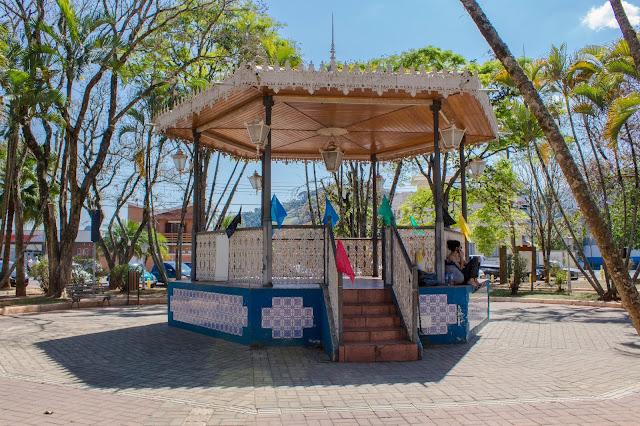 Praça do Coreto, em São Bento do Sapucaí, na Serra da Mantiqueira