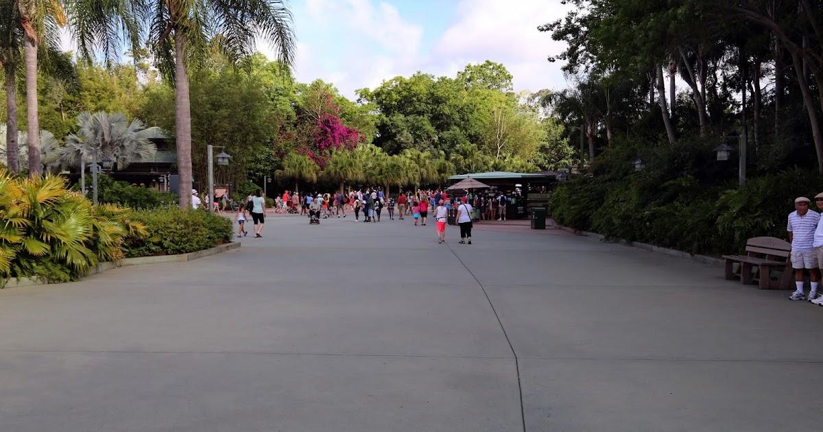 image Buena vista bus waiting abia