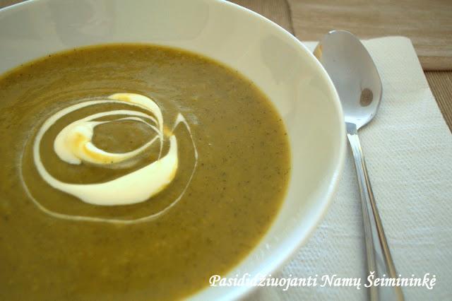 RECEPTAS: Trinta cukinijų sriuba
